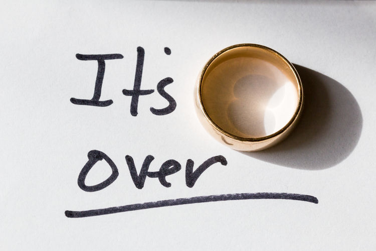 Cheater Divorce Engagement Gold I'm Sorry It's Over RunAway Bride  Break Up Cheating Couple - Relationship Engagement Ring Infidelity  It's Over Between Us Marriage  Ring