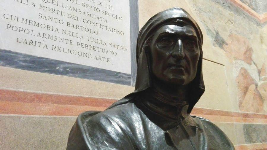 Statue Close-up Human Body Part Sculpture Indoors  Day People Dante Alighieri Siena Statua Incontri Strani