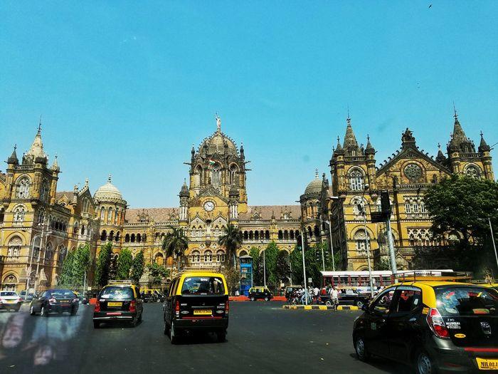India Mumbai Streetphotography Street Photography Enjoying Life EyeEm Five Senses Eye4photography  Journey Sojourner The Street Photographer - 2016 EyeEm Awards The Photojournalist - 2016 EyeEm Awards