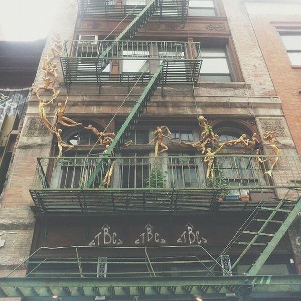 Gorgeous Façade Gold Gilded Climb artsy love photooftheday artistry art creative inspiration decorate