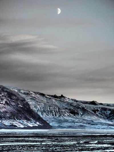 Iceland in Winter #emolandscapes Ice The Great Outdoors - 2018 EyeEm Awards Winter Beauty In Nature Landscape Mountains Nature No People Snow Wilderness