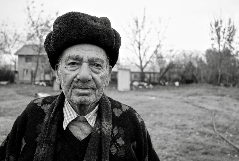 BW Portrait BW_photography EyeEmNewHere Old Man Bw Old Man Portrait One Person Portrait Senior Adult