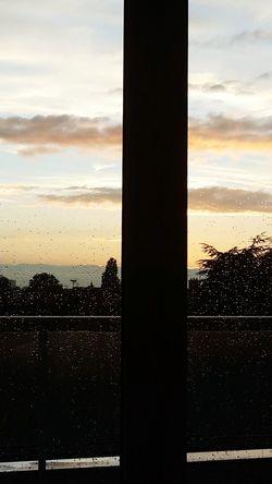 Pluie Jour De Pluie Enjoying Life Check This Out Coucher De Soleil Sun Nuages Sky Light And Shadow
