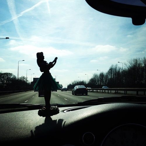 Hula girl, Mini Cooper dashboard