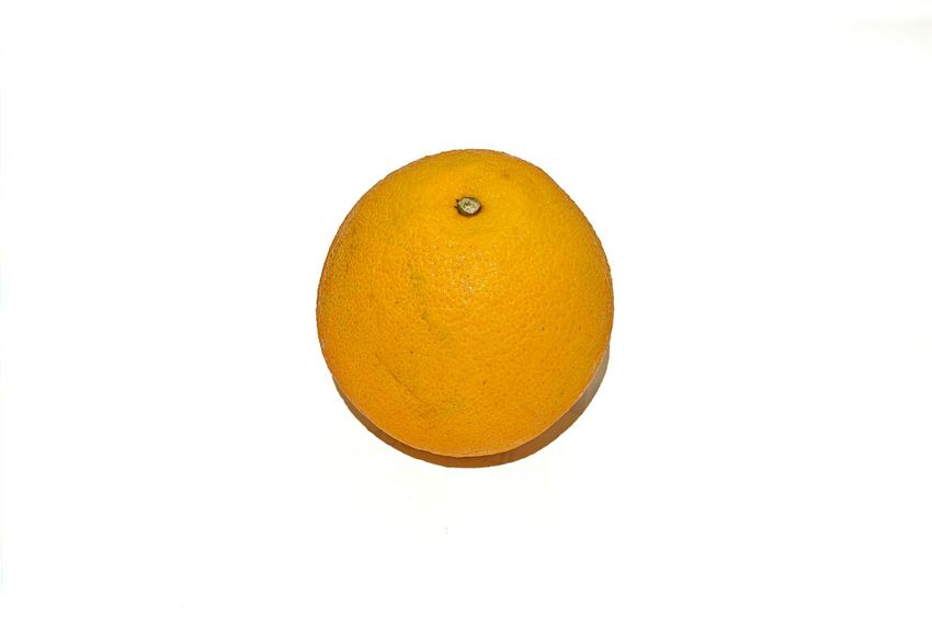 For you coz it's one of your favourite ;-) , 98% of grey ... https://youtu.be/7jEaIDqHl74 Citrus Fruit Exceptional Photographs EyeEm Best Shots EyeEm Gallery EyeEm Masterclass EyeEm Nature Lover Food Fruit Healthy Eating Lieblingsteil Orange - Fruit EyeEmNewHere