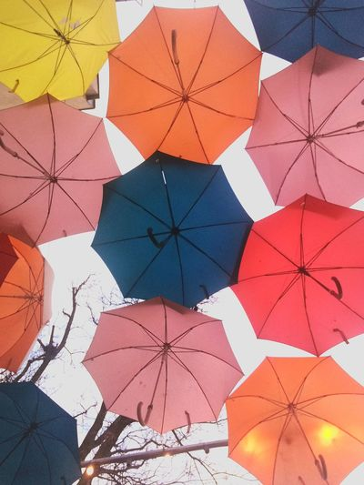 parasole Ambrella City Pixelated Multi Colored Full Frame Backgrounds Pattern Variation Composition Circle Close-up