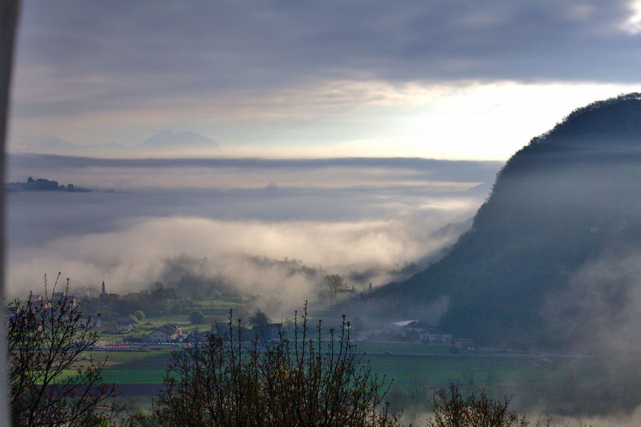 Anzù - Feltre - Italy Cloud - Sky Beauty In Nature Tranquility Tranquil Scene Mountain Fog No People Nature Day Outdoors Idyllic EyeEm Best Shots EyeEmNewHere EyeEm Nature Lover EyeEm Italy Canon Canonphotography Travel Traveling Travel Photography Nature Photography Foggy Morning Italia Feltre Anzu