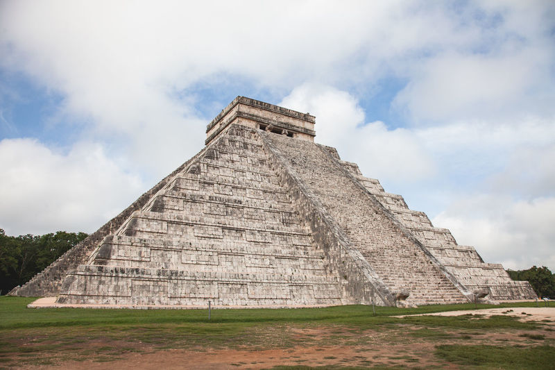 Chichen Itza Chichen-Itzá Mayan Mayan Ruins Yúcatan Ancient Ancient Civilization Archaeology Architecture Built Structure Cloud - Sky Day History Maya No People Old Ruin Outdoors Pyramid Sky The Past Tourism Travel Travel Destinations Yucatan Mexico