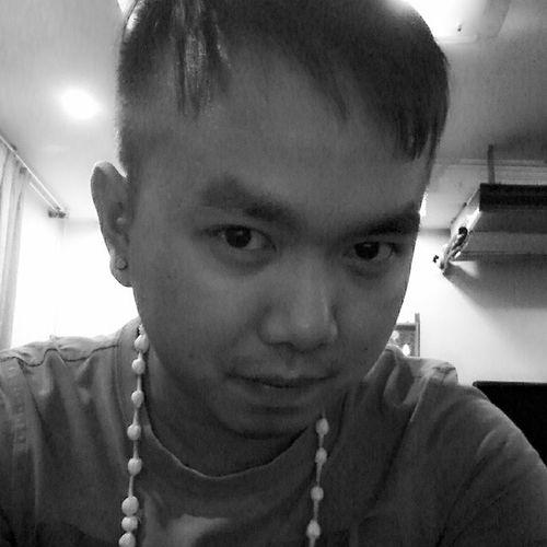 Happy Songkran everyone.. i got this Jasmine necklace Sawatdi
