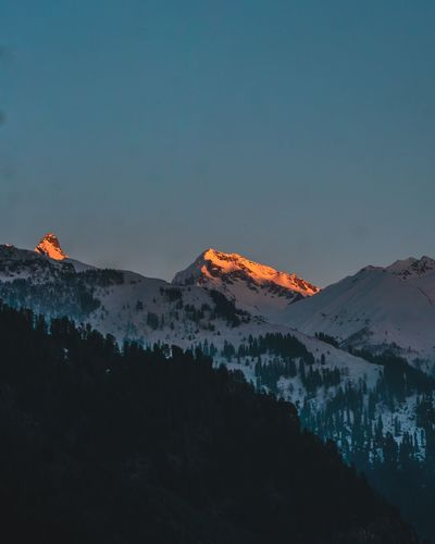 The last kiss of the sun on the beautiful pulga peak from the tosh valley.