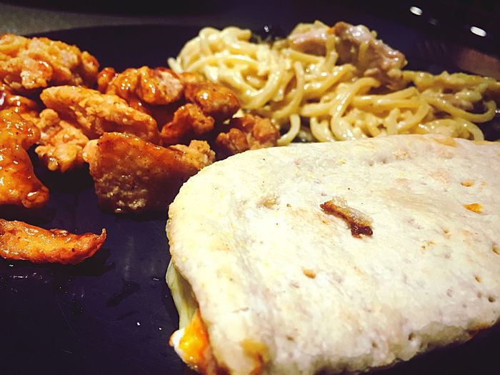 deliciously perfect 4 Cheese Pizza Close-up Chicken Alfredo Korean Bbq Chicken Lunch Food Meal First Eyeem Photo