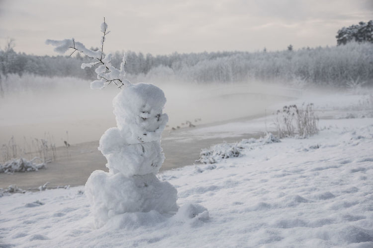 Cold Cold Days Cold Temperature Day Focus On Foreground Fun Ice Misty Nature No People Outdoors Snow Snowman Winter