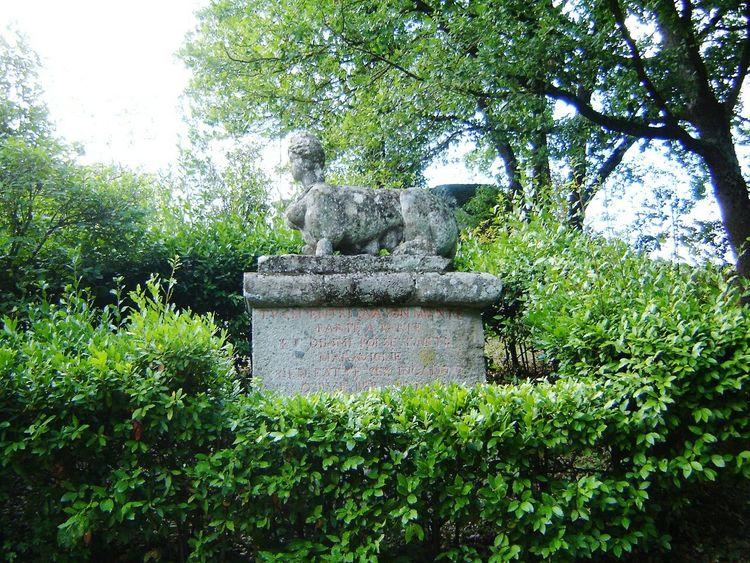 Sfinx Statue Tree Green Color Nature Outdoors Bomarzo Italy Sculpture Bomarzo Italy
