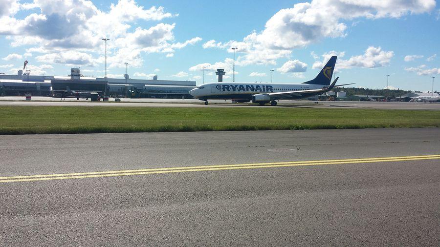 Airport Ryanair Summer2015 Plane EyeEm 2015 Work Wiew Aircraft Airline Fly Away