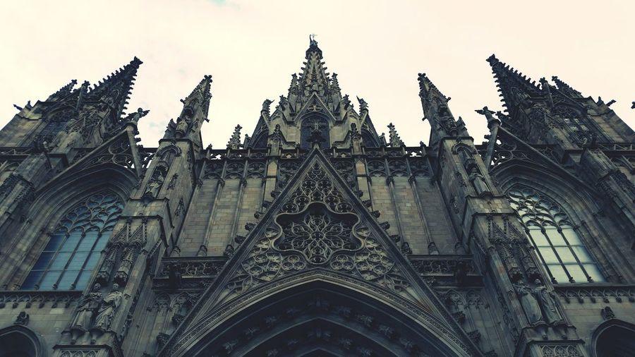 Gothic quertar in Barcelona Gothic Architecture Architecturelovers Architecturephotography Walking Around Gothic Church Gothic Quarter Gargouille Statues Church Architecture