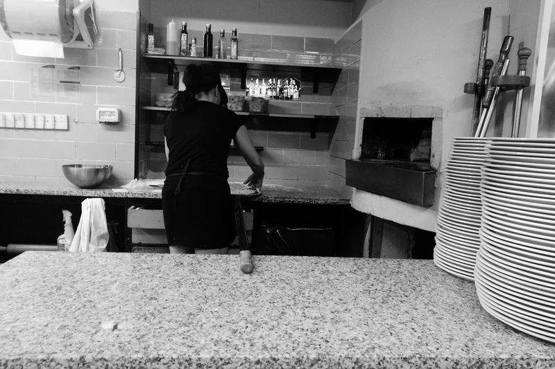 People And Places Person Large Group Of Objects Food Styling Food And Drink Personal Perspective Working Scenics Non-urban Scene Pizza Fire Wood Work Pizzeria Italy Italian Food Italiandoitbetter Legna Forno A Legna Woman Atmosphere Gourmet