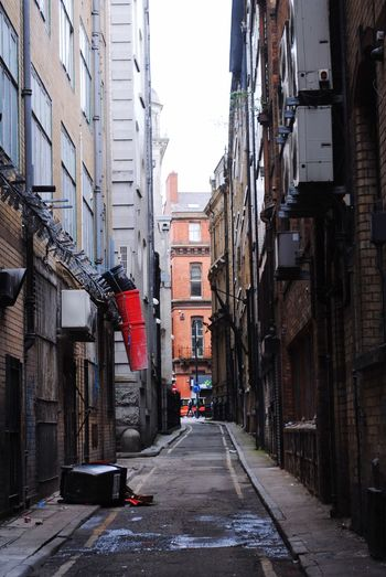 Backstreet shortcut Residential District Diminishing Perspective No People City Street Alley Narrow