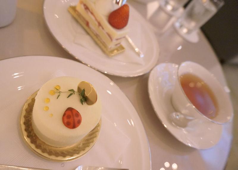 2013 Cake Dessert Food Food And Drink Freshness Palace Hotel Plate Sweets Table Tea Tea Time ケーキ デザート パレスホテル ラウンジ 紅茶