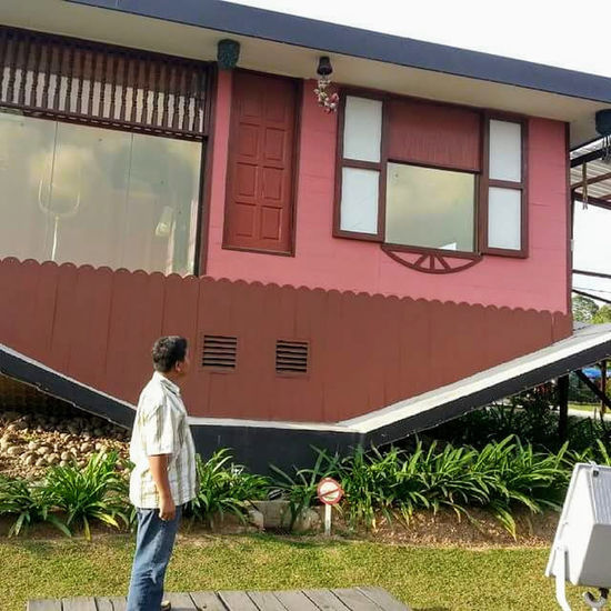 Home Agriculture Architecture Building Exterior Built Structure Home Upside Down Impressed Rear View Standing EyeEmNewHere