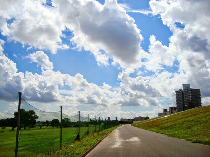 荒サイ Open Edits Sky Cluds Cycling Biycle Eyem Sky_collection Sunlight On The Road Landscape_photography