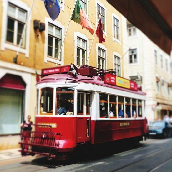 Lissabon Lissabon Tram Lissabon, Street Building Exterior City Street City Travel Travel Destinations Red No People Electrico De Lisboa Mobility In Mega Cities