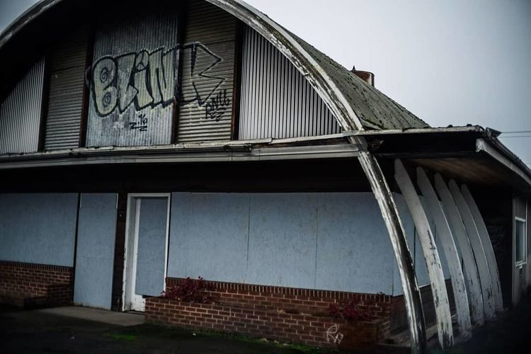 abandoned building Eugene City Golf Club Business Finance And Industry Architecture Building Exterior Built Structure Sky