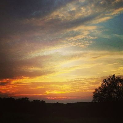 Sunset USA Tennessee Lebanon Home_sweet_home Sunset Insta_exploring Instatennessee Instagram Ig_unique_ LIKE_A_LOCAL Set2rise