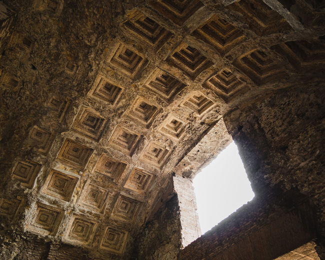 Ceiling in Foro
