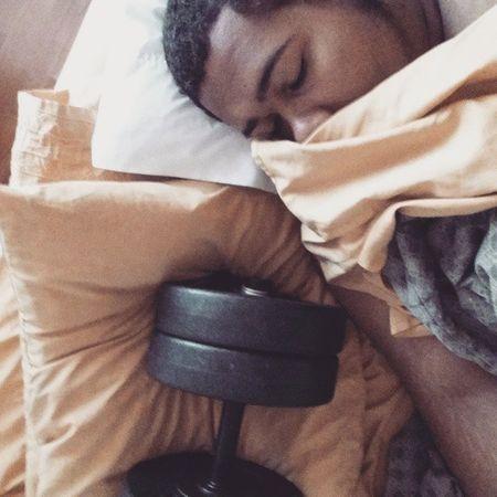 Woke up next to bae, hey Bae  . Idgt Everyday Liftlife Goodmorning Gainz Eatsleeplift Igfitness Chestdaymondays StartingEarly Eyebrowsonfleek Naturalhair