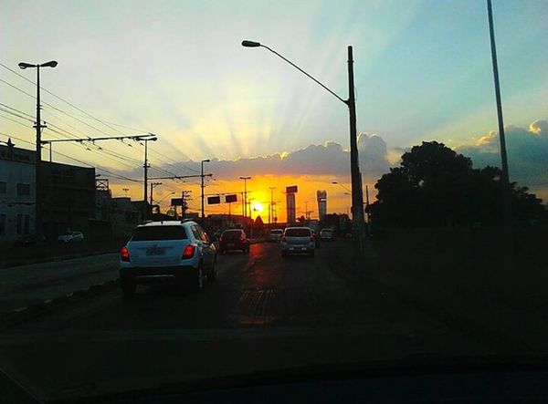 Dádiva divina ❤ Car Sunset Cloud - Sky Dramatic Sky Sky City Outdoors No People Nature Day Beauty In Nature Sun Day ☀ Brazil Nature Reflection Fabulous Silhouette Flood First Eyeem Photo Built Structure Water Sun Tranquility Sao Paulo - Brazil Sp Brasil