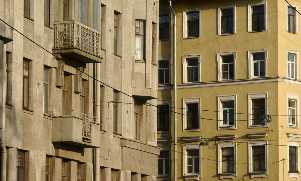 Saint Petersburg building's architecture. Built Structure Building Exterior Architecture No People Building Window Apartment City cityscapes Urbanphotography Urban Geometry City Life Residential District Repetition Geometric Shapes