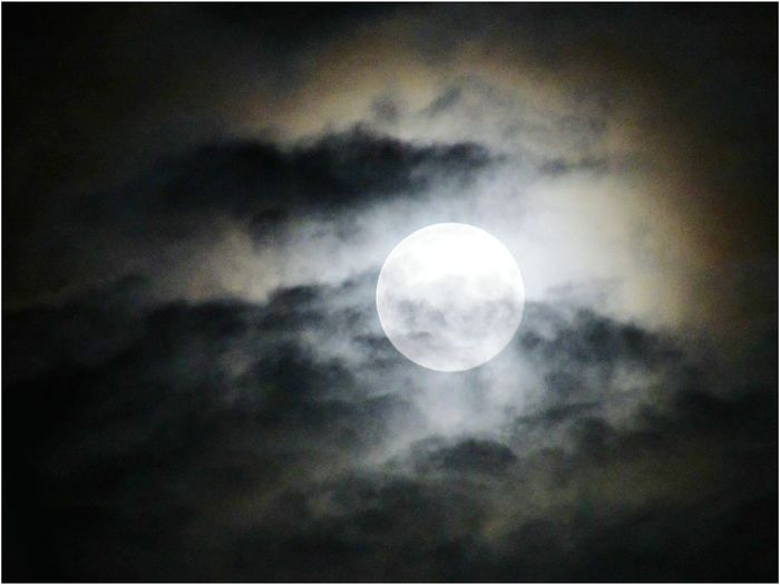 Wolfs Moon Moon Full Moon Night Astronomy Moon Surface Scenics No People Nature Outdoors Moonlight Sky Sky Only Beauty In Nature Illuminated Close-up EyeEm Gallery EyeEm Best Shots Eyeemphotography Moon Shots Space Space And Astronomy Tranquility Enhanced Photograph Black Background Photography
