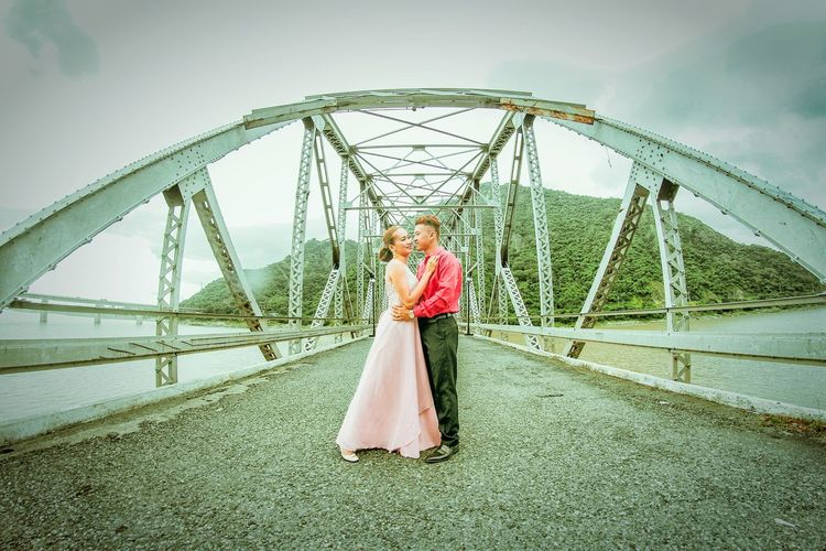 Weddingphotographer Weddingportraits Portrait Bridge - Man Made Structure Nature Full Length Mature Adult Connection Real People Looking At Camera Lifestyles Day Sky Mature Women Happiness Outdoors Leisure Activity One Person Women Bride Standing Beautiful Woman