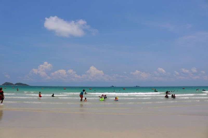 Sea,Nam Sai Beach Sea Beach Water Sky Horizon Over Water Nature Cloud - Sky Sand Scenics Large Group Of People Beauty In Nature Day Outdoors Men Wave People Summer Nam Sai Beach Thailand Blue Vacations Enjoyment Beauty In Nature