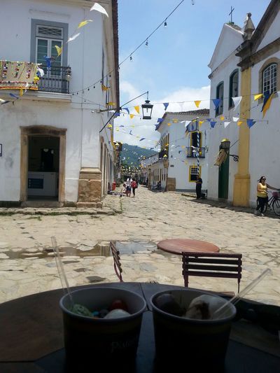 Brazil Travel Architecture Break Building Exterior Built Structure Cafe Day Icecream Lifestyles Men One Person Outdoors People Real People Sky Sunshine And Shade Sunshne