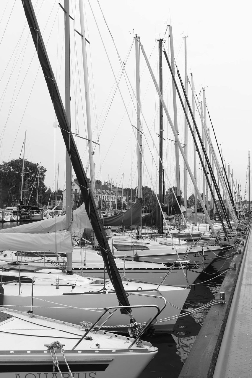 transportation, nautical vessel, mode of transport, moored, harbor, mast, day, sailboat, no people, outdoors, sky, water, yacht, nature