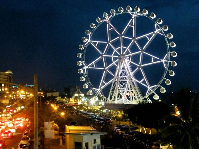 Ferris Wheel Nightphotography Urban Streetphotography Street Photography Streets EyeEm Philippines Urbanphotography Streetshot Fujifilm Mystreets Eyeem Philippines Sky City Colors Pinoy Eyeem Photography