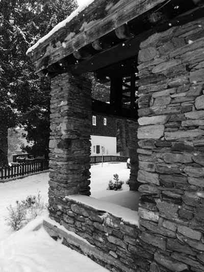 stone house Madesimo Snowing Stonehouse Stonehouses Houseofstone Snowingday Snow ❄ Mountainhouse Housegarden Day Built Structure No People Building Exterior Tree Nature