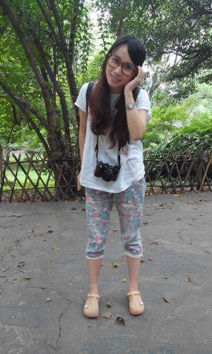 walk in the Yue lu academy. Changsha Portrait Mobile Photography Enjoying Life