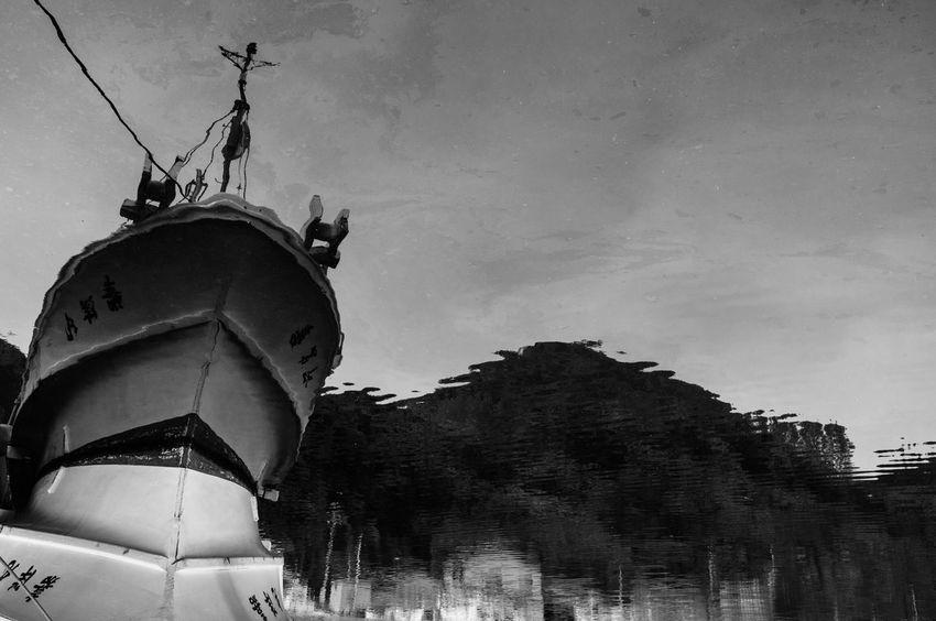 Japan Monochrome Streetphotography Snapshots Of Life Snap Art Sea Port Phtographer 日本 福井県 写真家 Artな写真 モノクロ EyeEmBestPics Hello World Blackandwhite