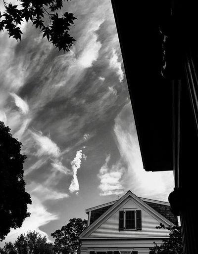 Cloud painting on the sky Building Exterior Built Structure Architecture Sky House Cloud - Sky Low Angle View Tree No People Outdoors Residential Building Day Nature City