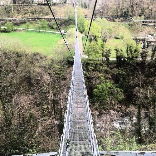 Ponte Sospeso Oscillazioni