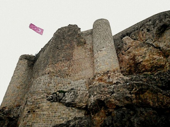 Taking Photos King Of The Castle The Castle Castle Turkey Al Bayrağım Turkiyem Ay Yıldızlı Al Bayrak..