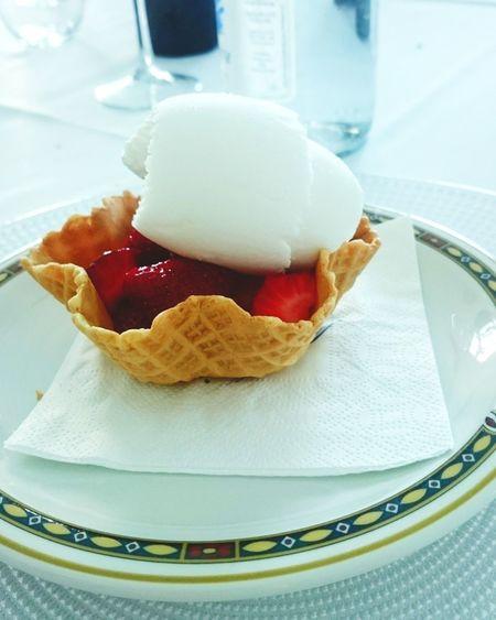 Ice Cream Strowberry