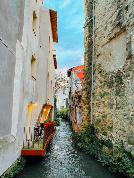 Isle Sur La Sorgue Water_collection Isle Sur La Sorgue Streets Old Town Waterways Provence-Alpes-Cote D'Azur Provence Provence Alpes Cote D´Azur France Architecture Built Structure Building Exterior No People Day Wall - Building Feature First Eyeem Photo