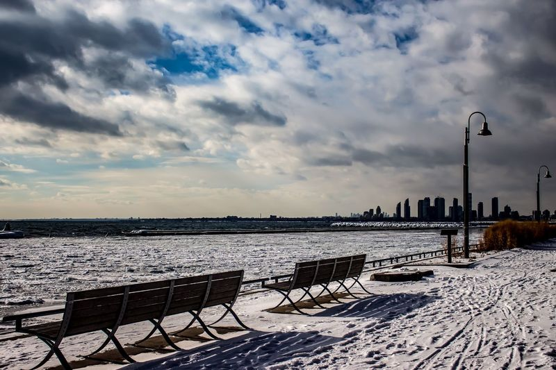 By the lake The 6ix Toronto Harbour Chair Cloud - Sky Outdoors