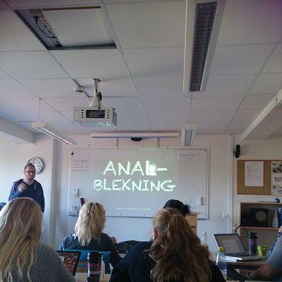 Entreprenörskap i skolan??! Hahaha Eventstudent Eventtretton DennisWesterberg Landskrona