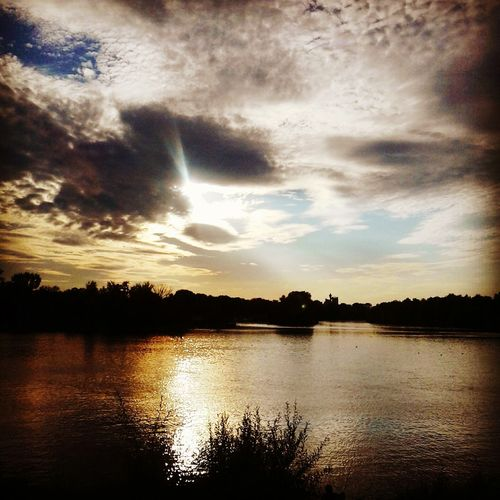 Reflection Cloud - Sky Lake Nature Silhouette Sky Scenics Water Outdoors No People Beauty In Nature Tree Night Freshness Sunlight Astronomy