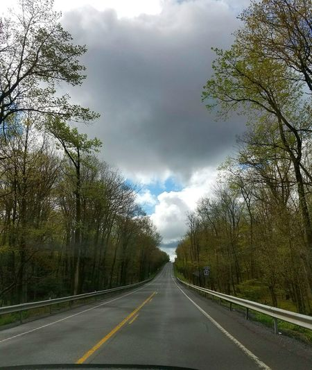 Getting there. On The Road Clouds Pennsylvania Far Out Long Drive Road To Somewhere Outdoors Outdoor Photography Onepointperspective Trees