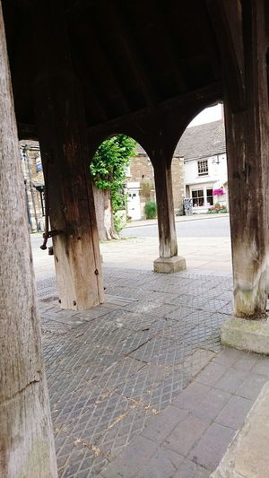 Architecture Built Structure Arch Building Exterior Architectural Column Incidental People Column Day In A Row Archway Paving Stone The Way Forward Old Town Arcade Passage History Colonnade Arched No People Diminishing Perspective